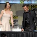 "Joseph Gordon-Levitt and Emily Blunt talking about their new film ""Looper"" at Comic-Con in San Diego, CA (July 13)"