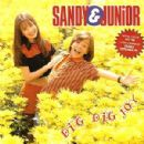 Sandy and Junior - Dig Dig Joy