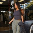 Kim Kardashian – Out in Calabasas