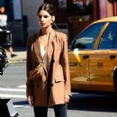 Emily Ratajkowski – On a photoshoot for Beats headphones in New York
