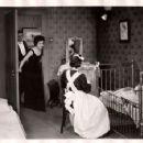 Mannequin - Warner Baxter - 454 x 356