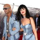 Riff Raff and Katy Perry At The 2014 MTV Video Music Awards - 431 x 594