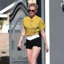 Kristen Stewart in Denim Shorts – Leaving the spa in Los Angeles