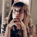 Linda Blair - 225 x 348