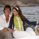 Jacqueline Bracamontes and Fernando Schoenwald - 400 x 265
