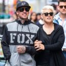 Singer Pink and her husband Carey Hart out shopping in New York City, New York on April 27, 2014 - 454 x 548
