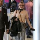Maisie Williams in Travel Outfit – Departs on a Flight in Los Angeles 01/28/2019