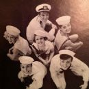 Dames at Sea Original 1984 Broadway Cast Starring Bernadette Peters - 454 x 474