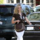 Natasha Henstridge Leaving A Local Lunch Spot In Los Angeles, 14-01-2008