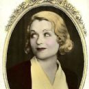 Constance Bennett - 431 x 665