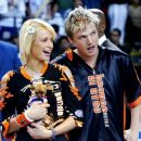 Nick Carter and Paris Hilton - 454 x 380