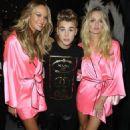 Candice Swanepoel , Justin Bieber, Lindsay Ellingson backstage at The 2012 Victoria's Secret Fashion Show