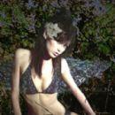 Vikki Blows - Nic Harper Photographs - 266 x 360