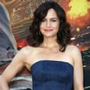 Carla Gugino – 'Skyscraper' Premiere in New York City
