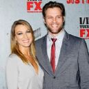 Natalie Zea and Travis Schuldt - 300 x 400