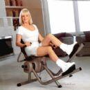 Linda Evans - 454 x 425