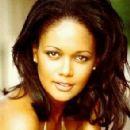 Tonya Lee Williams - 294 x 351