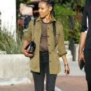 Jada Pinkett Smith – Out and about in Los Angeles - 454 x 683