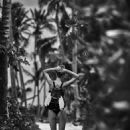 Kate Bock - Telva Magazine Pictorial [Spain] (July 2016) - 454 x 605