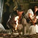 Harrison Ford and Karen Allen in Raiders of the Lost Ark (1981) - 454 x 261
