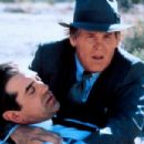 Nick Nolte and Chazz Palminteri in Mulholand Falls (1996) - 454 x 302