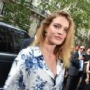 Natalia Vodianova – Dior Homme Show SS 2019 at Paris Fashion Week - 454 x 293