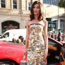 Gemma Chan – 'Crazy Rich Asians' Premiere in Los Angeles - 454 x 766