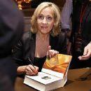 J.K. Rowling - 400 x 359