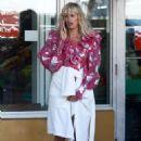 Karolina Kurkova on a photoshoot in Miami - 454 x 664