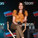 Elizabeth Reaser – Netflix & Chills Panel at 2018 New York Comic Con - 454 x 653