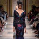 Armani Privé Couture Fall 2017 - 454 x 682