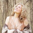 Dana Wheeler-Nicholson - 300 x 338