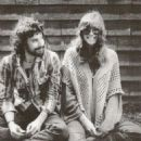 Carly Simon and Cat Stevens - 454 x 529
