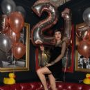 Bella Thorne – Celebrates 21st Birthday in Las Vegas