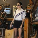Kendall Jenner – Spotted while out for lunch in Beverly Hills