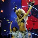 Shakira Rocks Out at the 2010 MTV EMAs