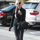 Kimberly Stewart leaving a spa in West Hollywood, California on January 25, 2014 - 386 x 594