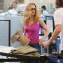 Heather Graham Departs LAX With Boyfriend Charles Ferri 2008-04-14