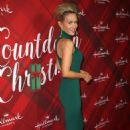 Nicky Whelan – 'Christmas at Holly Lodge' Screening in LA - 454 x 685