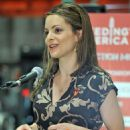 Kimberly Williams-Paisley - Kicks Off Feeding America's Hunger Action Month In Nashville - 01.09.2010