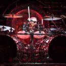 Van Halen @ Bethel Woods Center For The Arts 9/6/15 - 454 x 303