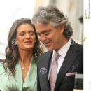 Andrea Bocelli and Veronica Berti - 454 x 617