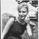 Diane McBain - 454 x 578