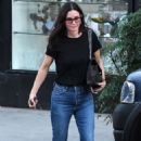 Courteney Cox – Leaving a nail salon in Beverly Hills - 454 x 681