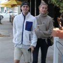 Hailey Baldwin and Justin Bieber – Arriving at Blue Bottle Coffee in Beverly Hills