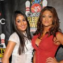 Eve Torres - VH1 Classic Rock Autism Celebrity Bowl Off, 13 November 2008 - 454 x 683
