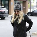 Kaley Cuoco – Takes her dog to ACCESS Specialty Animal Hospital in Woodland Hills - 454 x 681