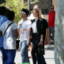 Sophie Turner and Joe Jonas – Out for some lunch in Barcelona - 454 x 549