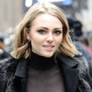 AnnaSophia Robb - Jeremy Scott Fashion Show at New York Fashion Week 2/16/2016 - 454 x 658