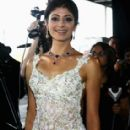 Actress Pooja Batra Picture shoots - 284 x 415
